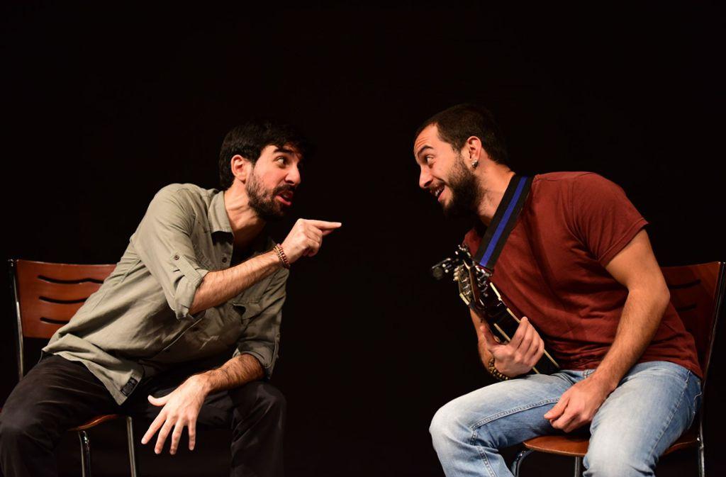 """Bei der """"Langen Nacht der Geschichten"""" am Samstagabend sorge  Semih Ali Aksoy und Ugur Uygar Erkiş auch für Musik. Foto: z"""