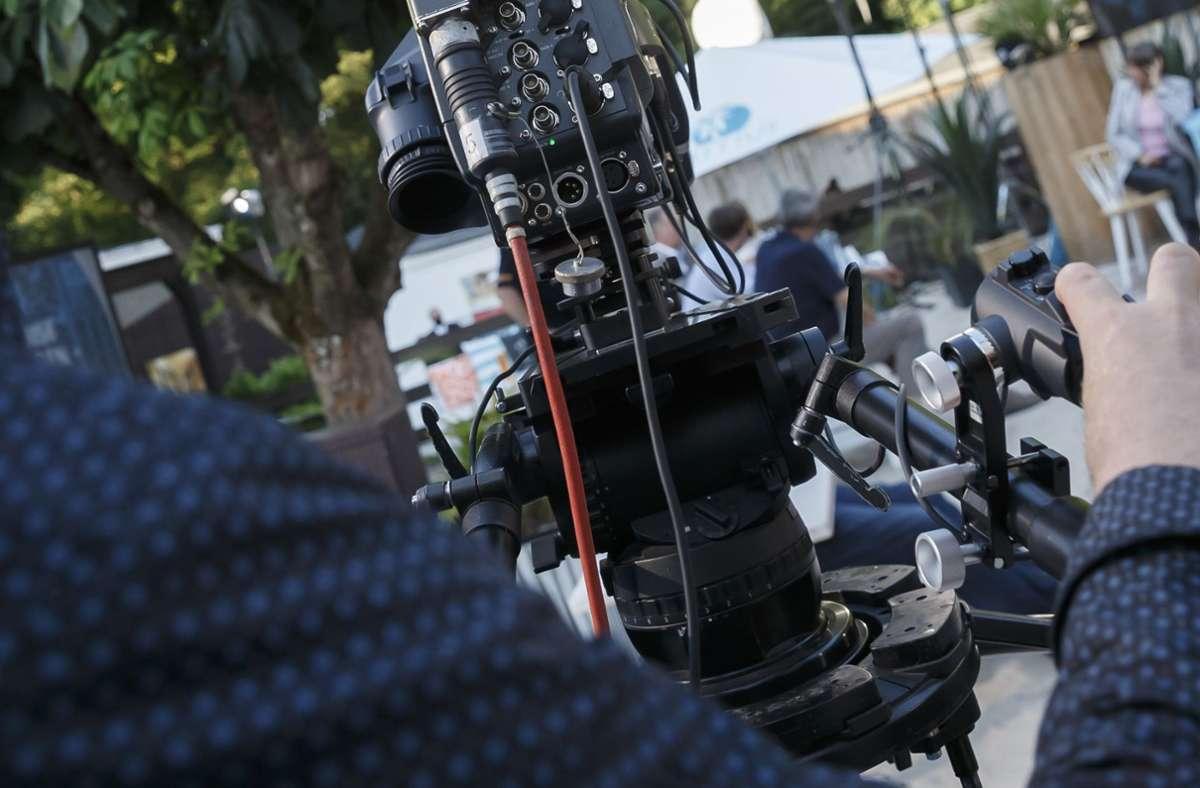 Der Mann habe nicht von dem Kamerateam gefilmt werden solle, gab er an (Symbolfoto). Foto: Lichtgut/Julian Rettig