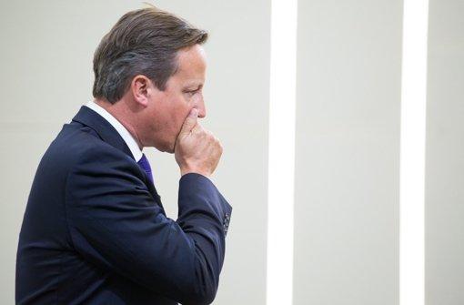 Cameron bricht Urlaub ab
