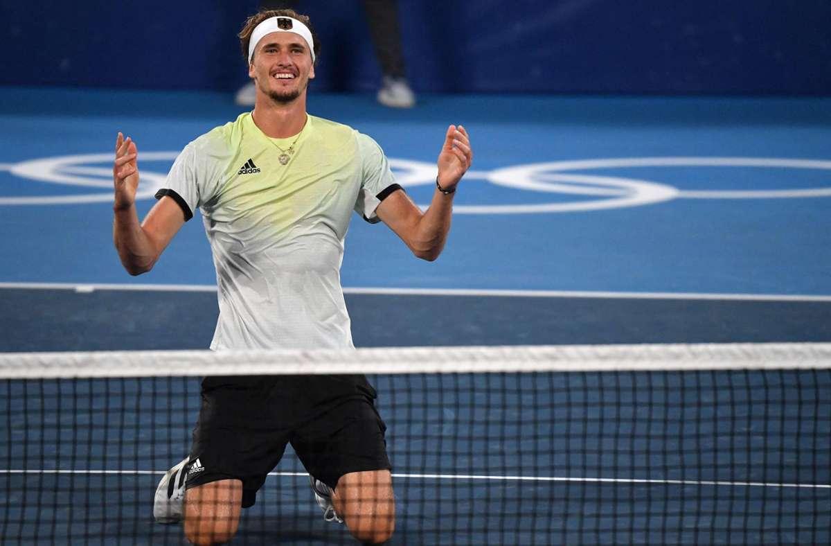 Alexander Zverev schrieb mit seinem Olympia-Sieg deutsche Tennis-Geschichte. Foto: AFP/TIZIANA FABI