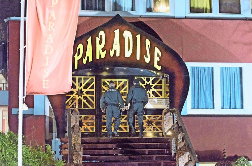 Am 30. November 2014 begannen die offenen Ermittlungen gegen die Paradisebetreiber. Foto: 7aktuell.de/Eyb