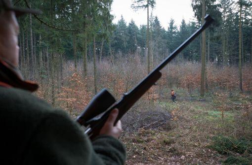 Jäger wird bei der Jagd tödlich getroffen