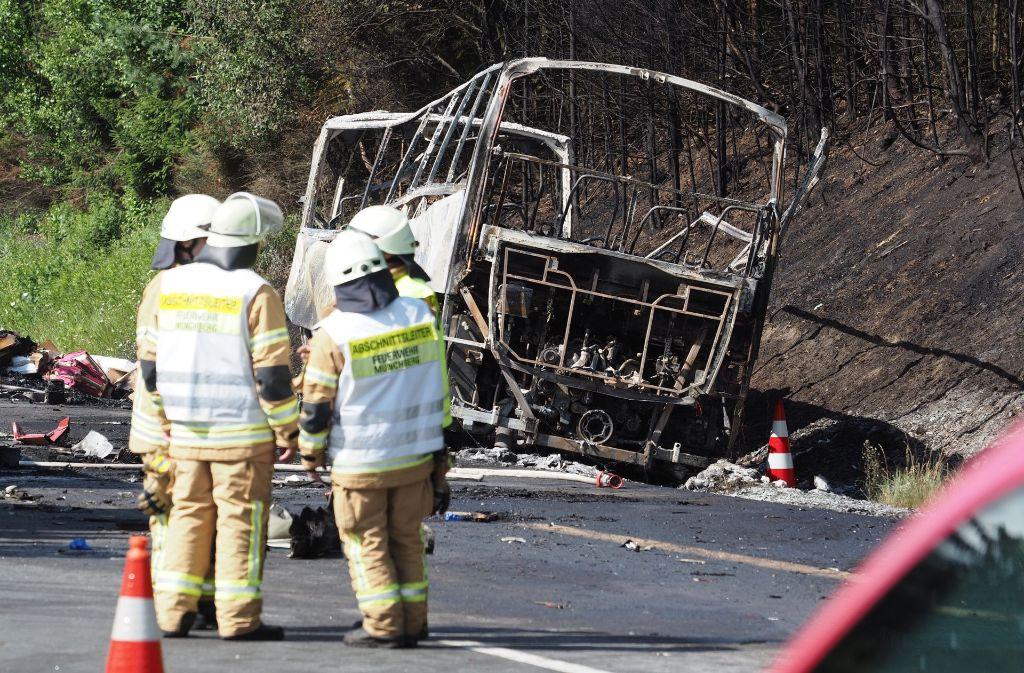Das Unglück auf der A9 wird weiter aufgearbeitet. Foto: dpa