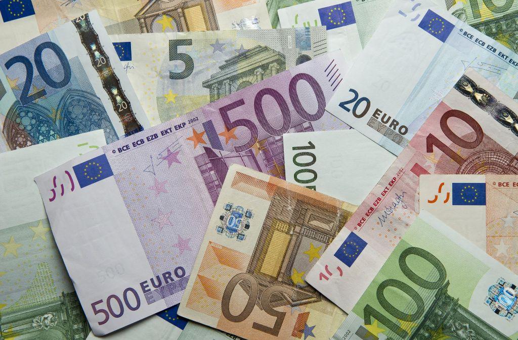 Wohin mit dem Geld? Anregungen gibt es auf der Anlagemesse Invest in Stuttgart. Foto: dpa