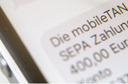 Banken dürfen Gebühren für SMS-TAN erheben