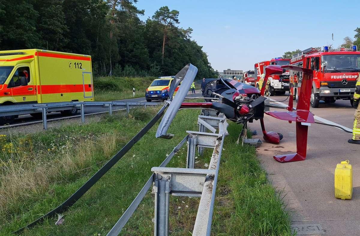 Der Hubschrauber musste offenbar notlanden. Foto: dpa/Julian Stähle