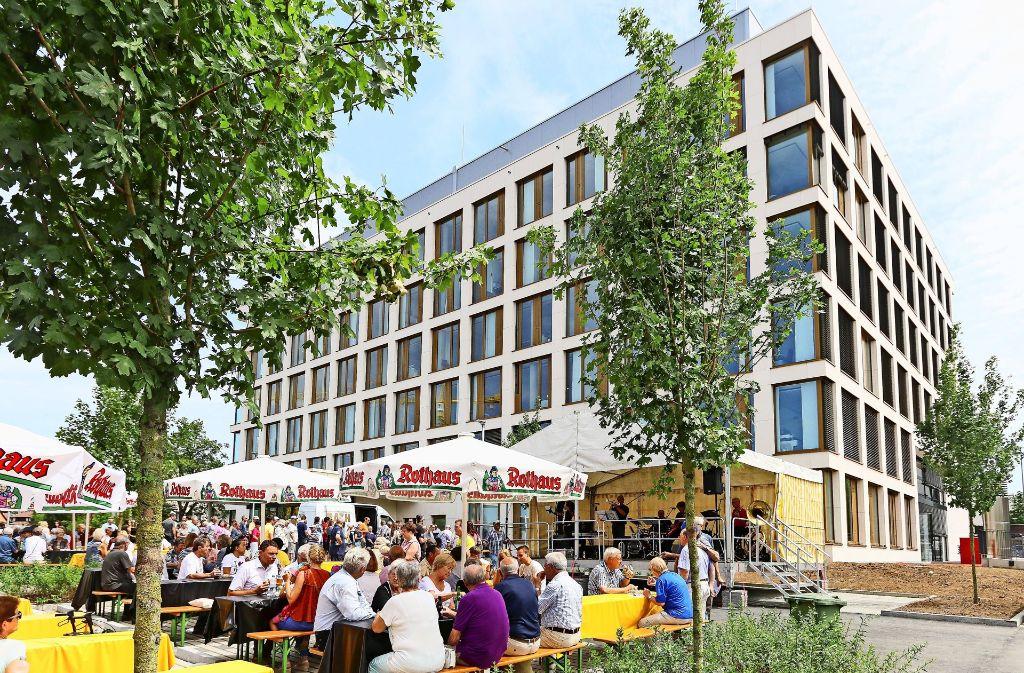 Sehnsuchtsort für vier Kandidaten: Das neue Leonberger Rathaus, hier bei der Eröffnung. Foto: factum/Weise