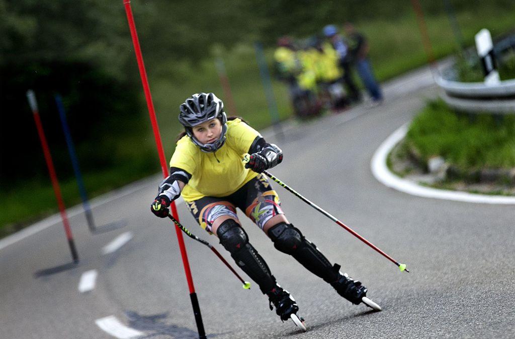 Die Neidlinger Steige ist für die Inliner-Fahrer eine Herausforderung. Foto: Horst Rudel