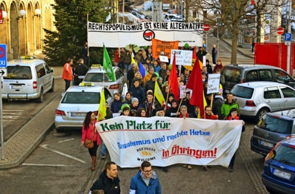 Ein breites Bürgerbündnis zieht in  Öhringen gegen die Rechten zu Felde. Foto: Kurz