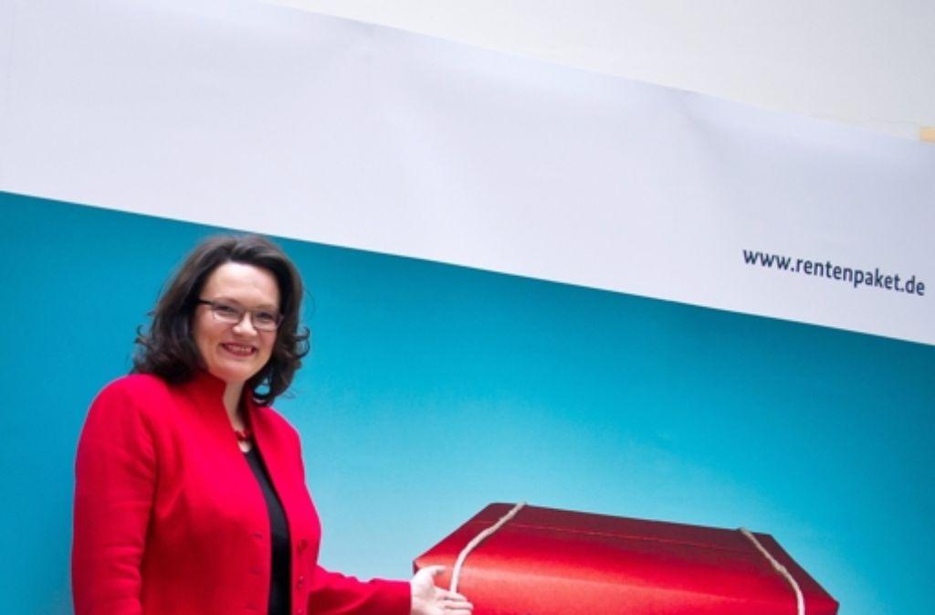 Stolz auf ihr Rentenpaket: Sozialministerin Andrea Nahles. Foto: dpa