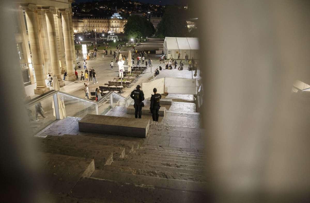 Nach den Konflikten Ende Mai sperrte die Stadt die Treppe am Schlossplatz. Foto: Lichtgut/Julian Rettig