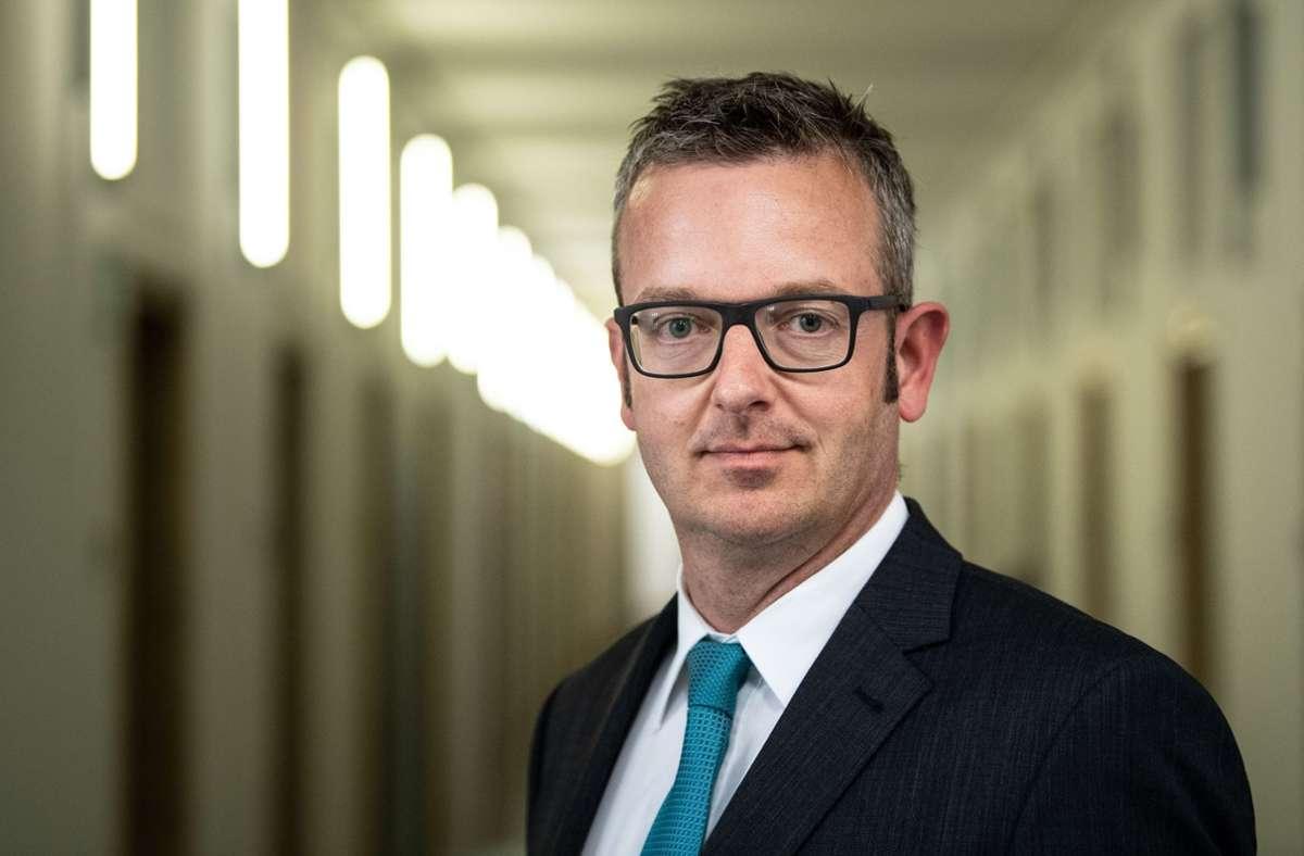 FIU-Chef Christof Schulte. Foto: dpa/Fabian Sommer
