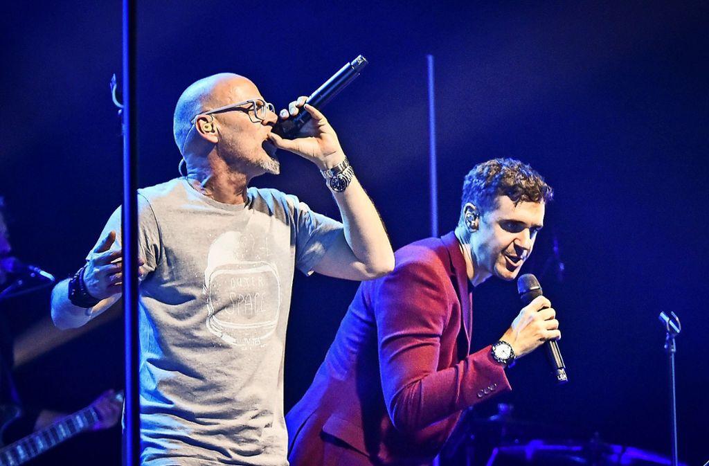 Thomas D (links) und der  Schweizer Sänger Seven am Mittwoch im Theaterhaus. Foto:Lichtgut/Ferdinando Iannone Foto:
