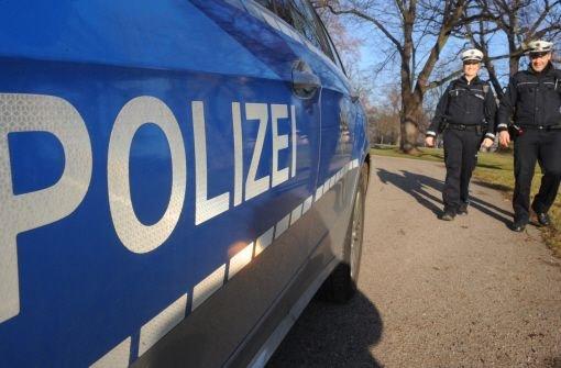 29.12.: Polizistin mit Hundeleine geschlagen