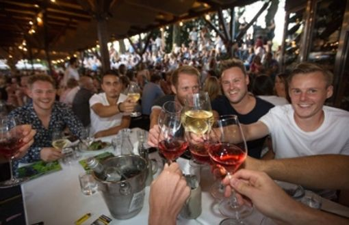 Die Weindorf-Saison im Kreis Esslingen ist eröffnet