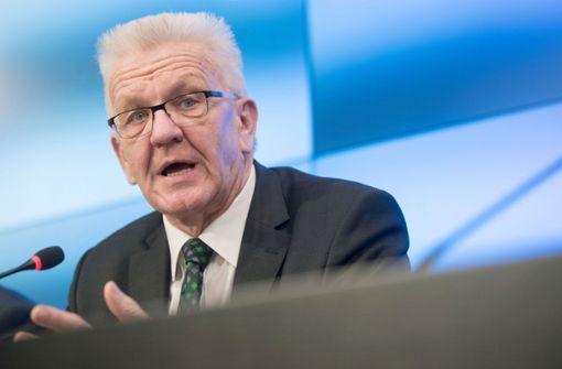 Kretschmann lehnt Schutzmaßnahmen für Lehrer ab