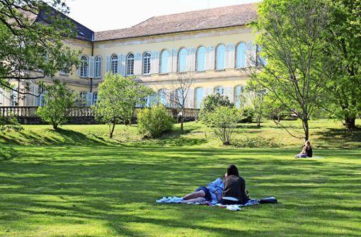 Uni Hohenheim legt Regeln für Park strenger aus