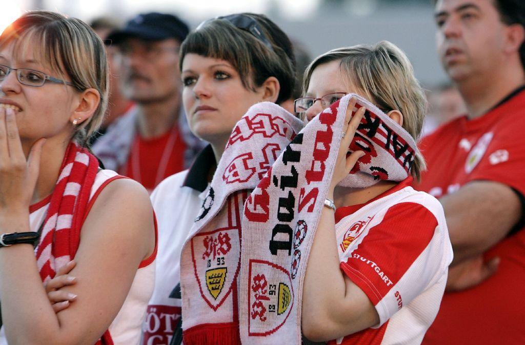 Dieses Mal gibt es beim Public Viewing hoffentlich allen Grund zur Freude. 2007 wurde das  DFB-Pokalfinale auf dem Wasen übertragen. Als Sieger ging damals der 1. FC Nürnberg vom Platz. Foto: dpa