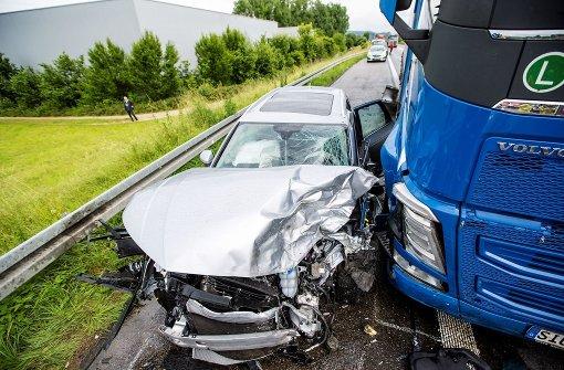 22-Jähriger stirbt bei Unfall im Gegenverkehr