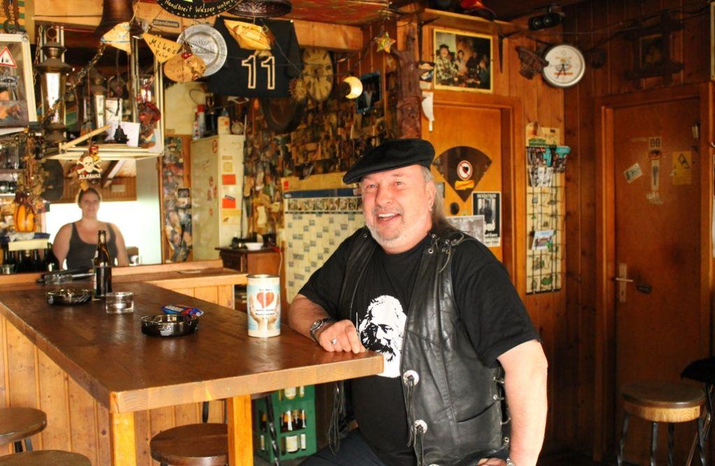 Mike Schmid darf im Danziger Stüble fürs erste keine Konzerte mehr veranstalten. Foto: Maira Schmidt