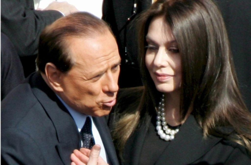Silvio Berlusconi und seine inzwischen von ihm geschiedene Frau Veronica Lario: Er ist  schon wieder verlobt. Foto: ANSA