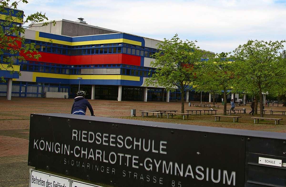 Im Rembrandt-Schulzentrum, wo unter anderem auch die Riedseeschule beheimatet ist, liegt einiges im Argen. Foto: Alexandra Kratz