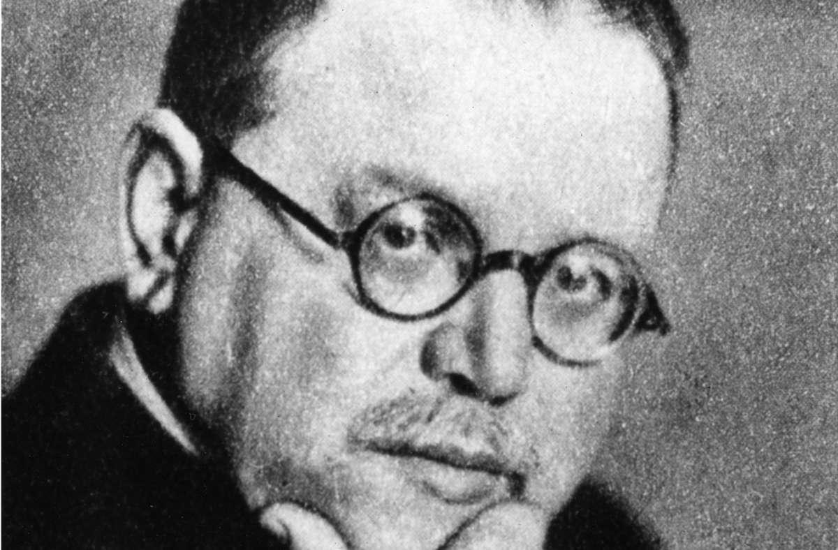 Matthias Erzberger (1875-1921)unterrichtete einige Monate in Feuerbach an einer Schule. Danach machte er als großer Demokrat und als Politiker Karriere. Foto: epd