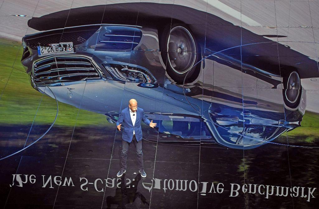 Daimler-Chef Dieter Zetsche auf der IAA. Foto: dpa