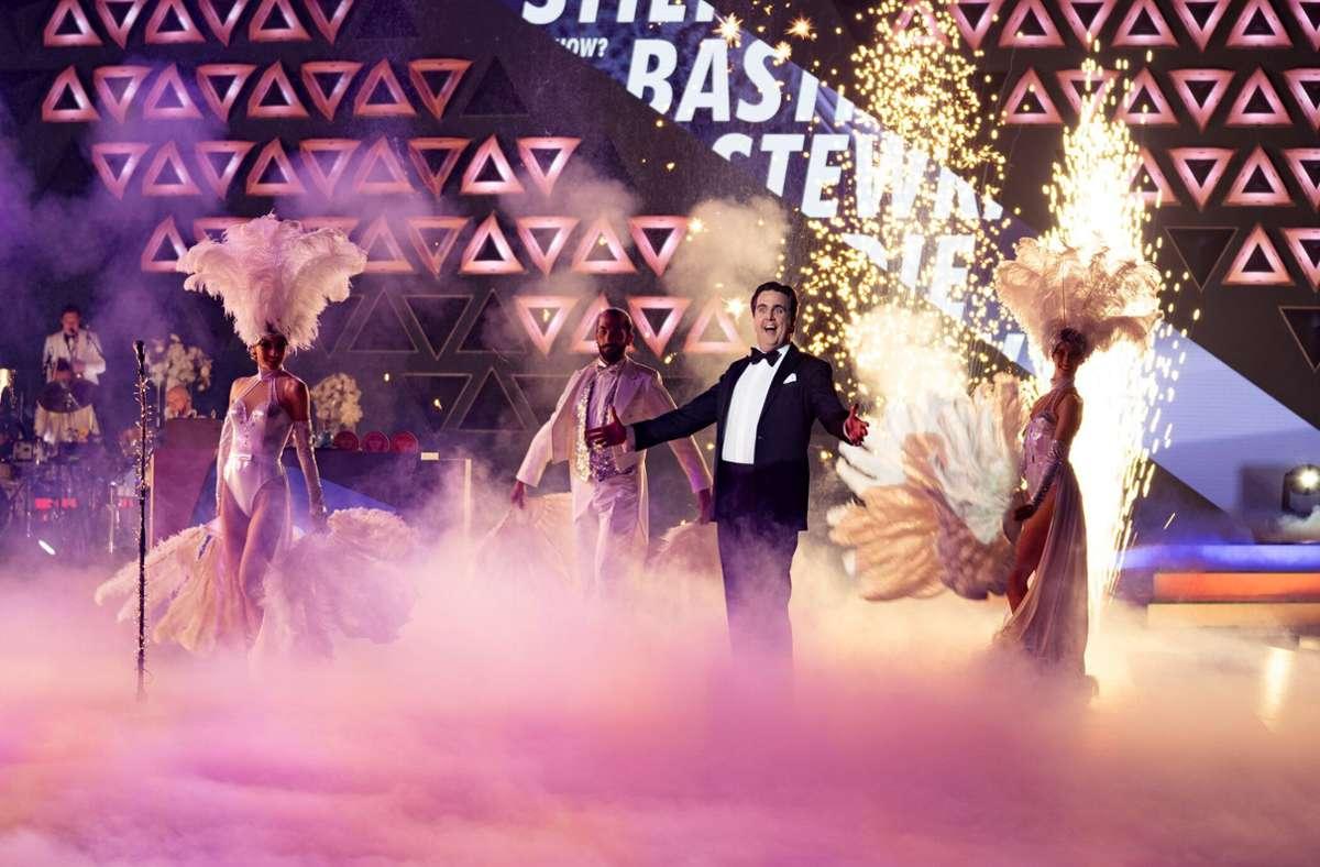 Schon mit seinem Intro hatte Bastian Pastewka die Herzen der Fans erobert. Foto: dpa/ProSieben