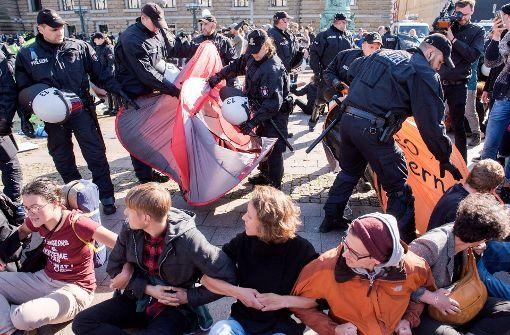 Polizei verbietet Übernachtungen im Protest-Camp