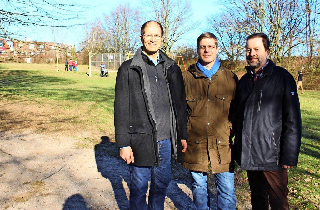 Matthias Wörner, Jochen Weller und Richard Hiller-Bixel (v.l.) wollen das grüne Areal sogar ausweiten. Foto: Caroline Holowiecki