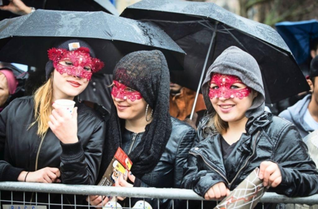 Trotz Regens gute Laune - das galt nicht für jede Veranstaltung zu Fasching in Stuttgart und der Region. Die Polizei musste wegen verschiedener Delikte einschreiten (Archivfoto). Foto: Lichtgut/Achim Zweygarth