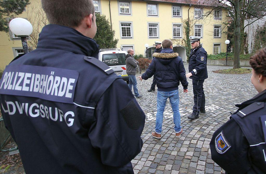 Viel zu tun haben die Mitarbeiter des Ordnungsdiensts derzeit in Ludwigsburg (Symbolfoto). Foto: factum/factum / Simon Granville