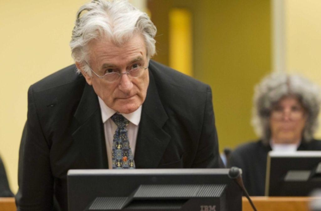Der frühere Serbenführer Radovan Karadzic ist wegen Kriegsverbrechen angeklagt Foto: dpa
