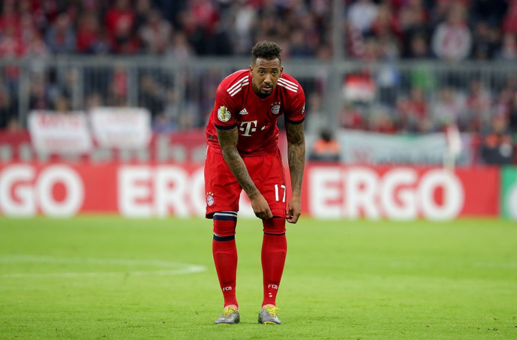 Boateng hat knapp drei Stunden nach dem Abpfiff des Bundesliga-Gipfels gegen Borussia Dortmund in die Münchner Promi-Disco P1 geladen. Foto: Bongarts