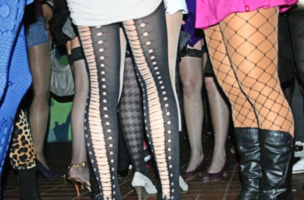 Seit Jahren feiern die Studierenden in Hohenheim einmal im Jahr ein ausgelassenes Fest, bei dem sie sich als Prostituierte und Transvestiten verkleiden. Doch der Spaß ist  in den beiden vergangenen Jahren außer Kontrolle geraten. Foto: Martin Bernklau