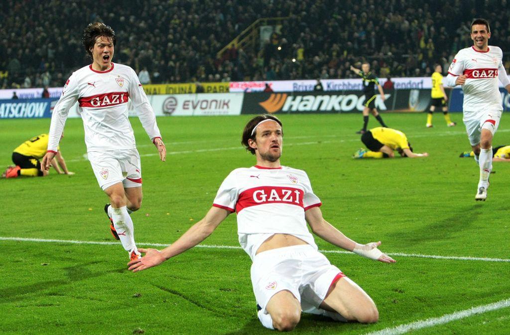 Nach seinem Treffer zum 4:4 jubelt er: Christian Gentner Fußball-Gott Foto: Baumann