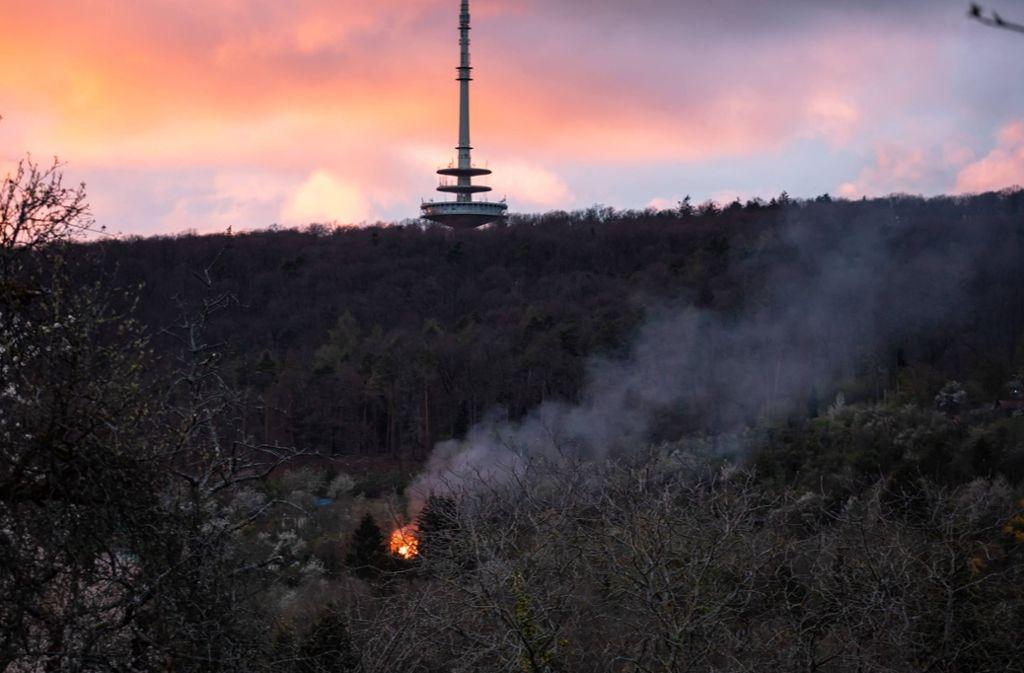 In Hedelfingen ist ein Gartenhaus den Flammen zum Opfer gefallen. Foto: 7aktuell.de/Alexander Hald