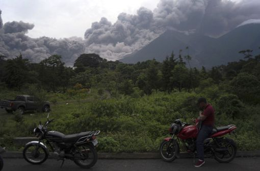 25 Tote bei Vulkanausbruch – Lava zerstört Dorf