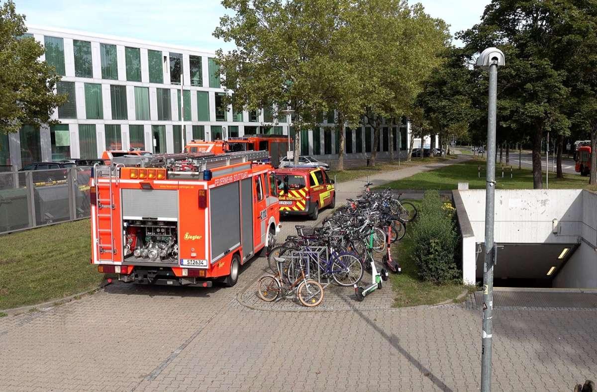 Die Feuerwehr war im Großeinsatz an der Uni Stuttgart in Vaihingen. Foto: 7aktuell.de/Alexander Hald/7aktuell.de | Alexander Hald