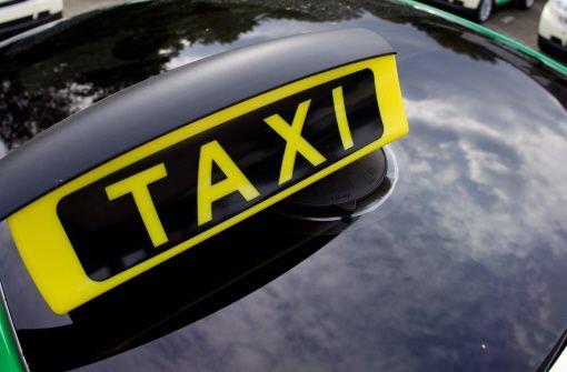 Polizei fahndet nach Taxi-Räubern