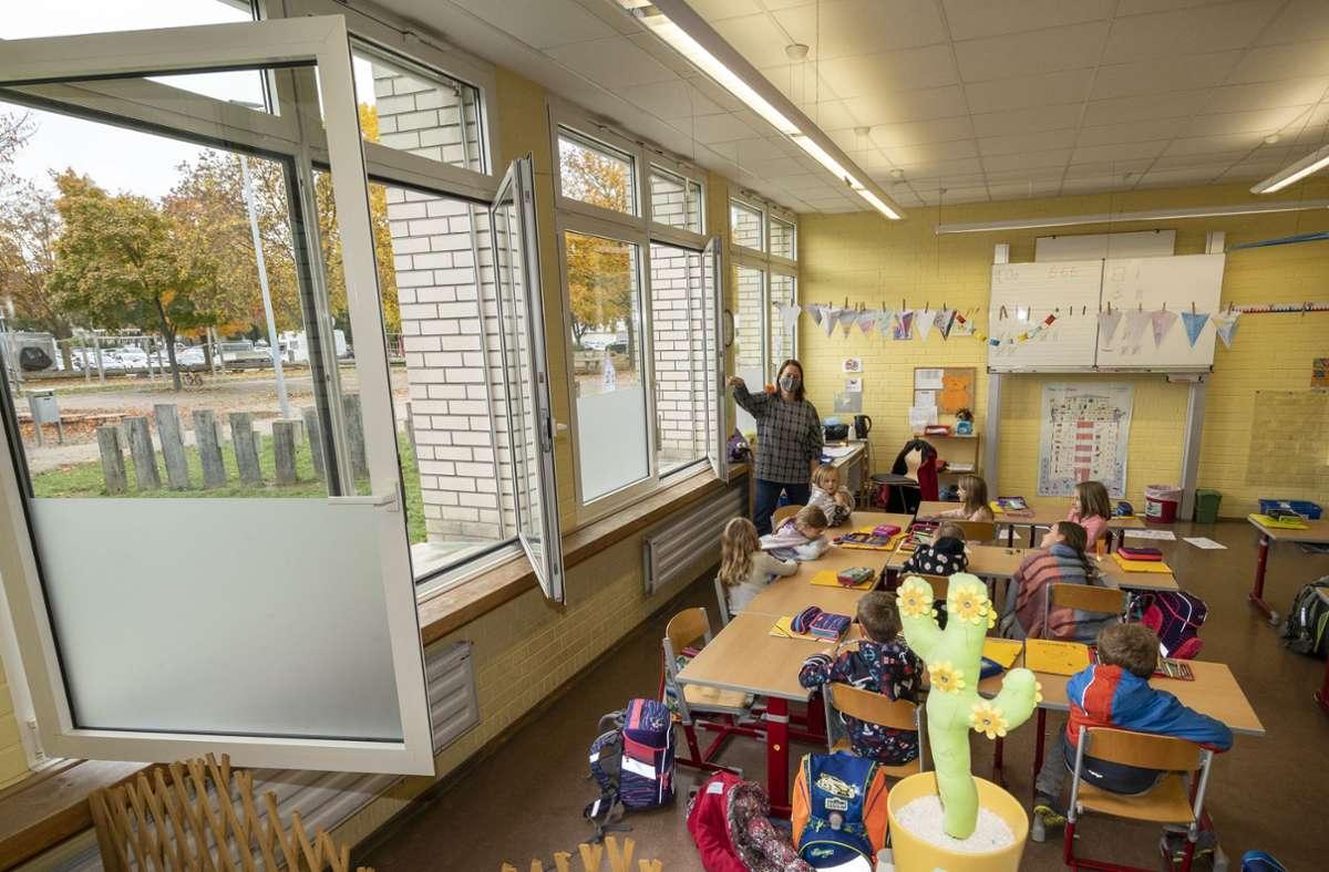 Nicht alle Klassenzimmer lassen sich so gut belüften wie dieses hier. Foto: factum/Jürgen Bach