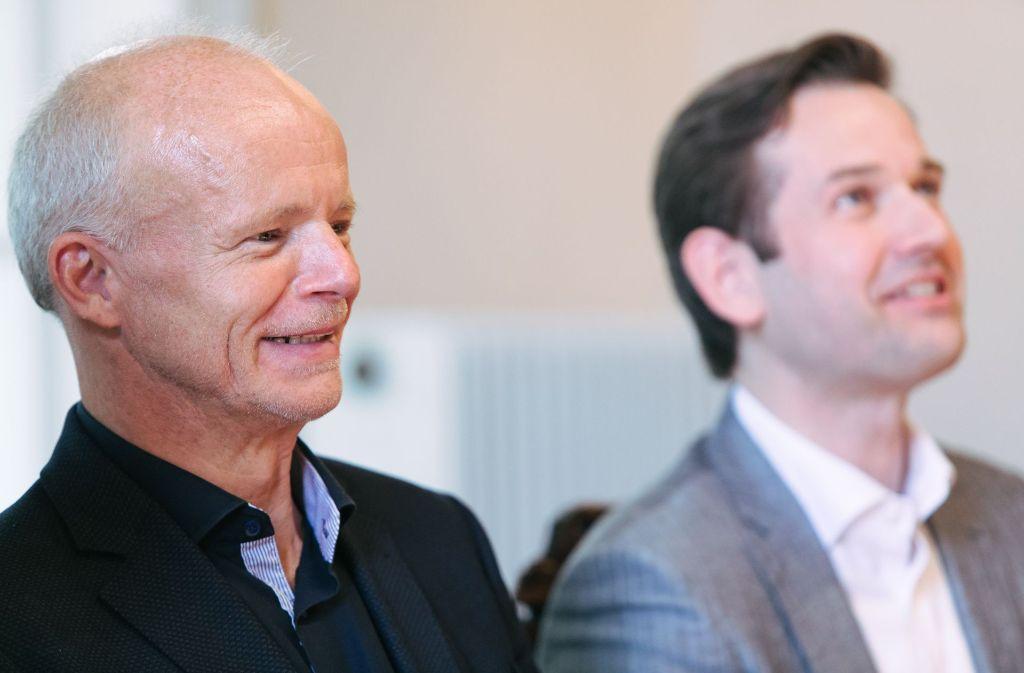 Thomas Zehetmair (links), daneben der Intendant Markus Korselt Foto: Lichtgut/Verena Ecker