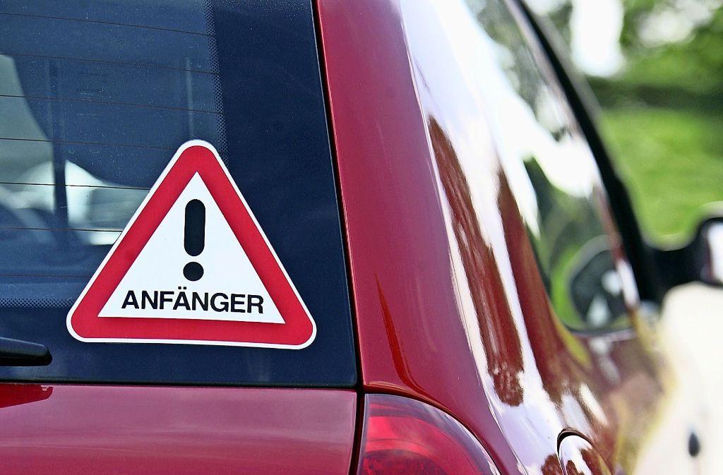 Wer zunächst nur in Begleitung eines Erwachsenen fahren darf, fährt später besonnener. Foto: Lichtgut / Achim Zweygarth