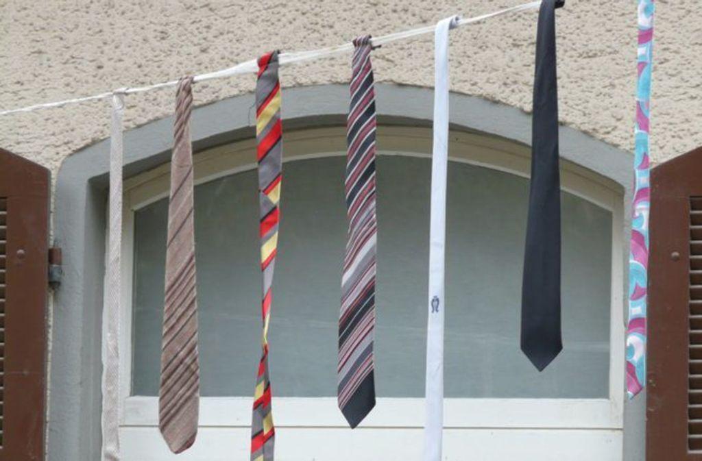 Krawatten an den Nagel hängen - das reicht für die Annäherung an die Startup-Kultur noch nicht. Foto: Pixabay/Hans