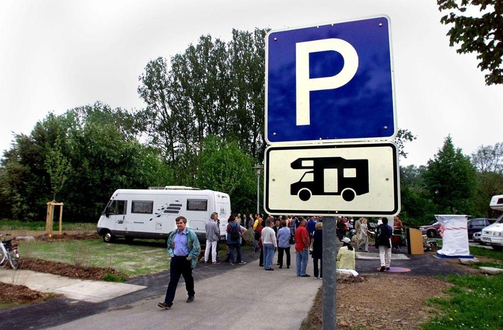 Wohnmobiltouristen suchen im Urlaub nach solchen Schildern. Foto: Rudel/Archiv