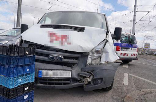 Unfall auf König-Karls-Brücke – Schaden in fünfstelliger Höhe