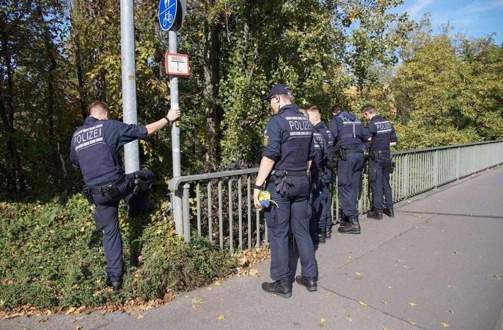 Die Polizei hatte am Dienstagabend den Leichnam einer Frau im Neckar entdeckt. Foto: SDMG