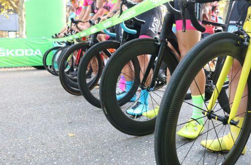 Hier kommt es wegen des Radrennens zu Verkehrsbehinderungen