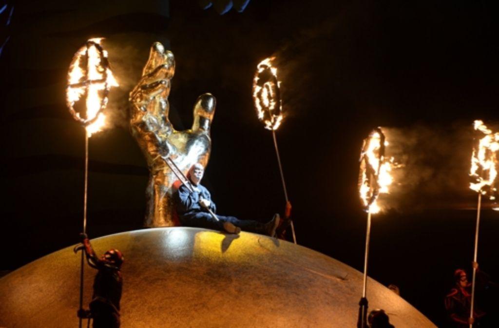 Mozarts Klassiker: auf der Seebühne von Bregenz wird die Zauberflöte aufgeführt. Foto: dpa